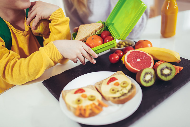 Helping Your Foster Child Develop Healthy Eating Habits